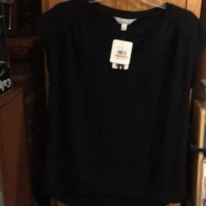 Ladies V neck short sleeve top new w tags